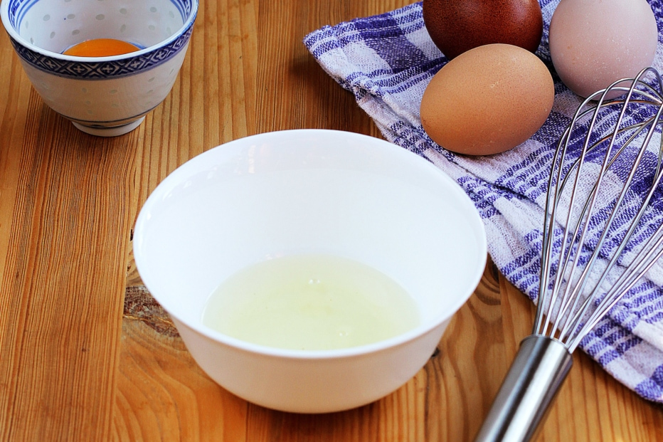 Baking Whisk and eggs